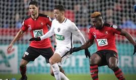 Paris SG goleia com Guedes em campo