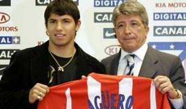 Enrique Cerezo chamou 'tonto' a Kun Agüero, mas depois arrependeu-se