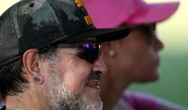 Polícia chamada por alegadas agressões de Maradona à namorada
