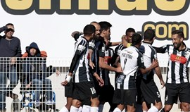 Portimonense-Famalicão, 2-1: Líder regressa às vitórias com bis de Pires