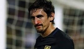 Savic fraturou nariz mas poderá jogar com máscara na Champions