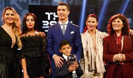 Imprensa inglesa avança que Ronaldo vai ser pai de gémeos