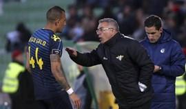 Augusto Inácio: «Aos 80 minutos o cronómetro parou e não houve mais jogo»