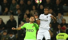 A crónica do V. Guimarães-Rio Ave, 3-0: Novo pistoleiro já afinou a mira
