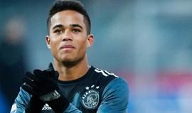 Filho de Kluivert sonha com o Barça mas quem mais admira é Cristiano Ronaldo