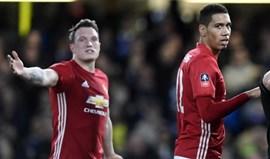 Mourinho com um azar dos diabos: lesões limitam United a dois centrais