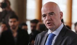 Presidente da FIFA lamenta ataques e está solidário com vítimas