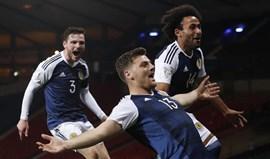Grupo F: Escócia bate Eslovénia e Eslováquia sobe ao 2.º posto
