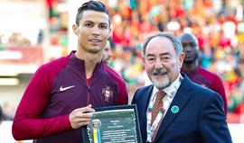 Ronaldo foi homenageado no seu regresso à Madeira
