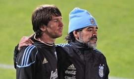 Maradona: «Messi é um ursinho de peluche»