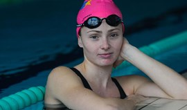 Victoria Kaminskaya bate recorde nacional absoluto nos 200 metros bruços