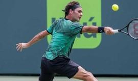 Federer bate Nadal e conquista Masters 1000 Miami
