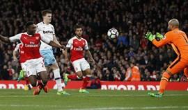 Arsenal de regresso às vitórias