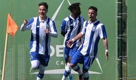FC Porto trava líder V. Guimarães no Olival