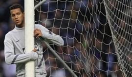 Antigo jogador do FC Porto revela nojo pelos Super Dragões