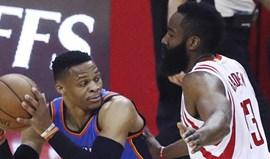 Westbrook faz mais um 'triplo-duplo' mas os Thunder perdem de novo frente aos Rockets