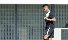 Corona e Danilo falham treino