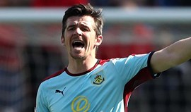 Federação inglesa diz que aplicou a Joey Barton o menor castigo possível