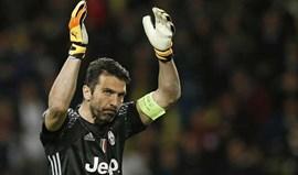 Reação tocante de Buffon a arrasar quem ofendeu memória das vítimas da tragédia do Torino