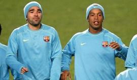 Ronaldinho e Deco organizavam orgias no Barça? Antigo dirigente diz que sim