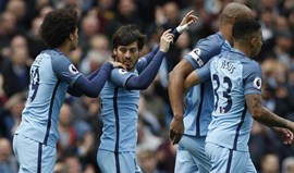 Manchester City goleia Crystal Palace e segura 4.º lugar