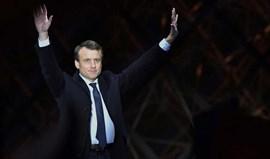 Imprensa francesa destaca vitória de Macron, o jovem presidente