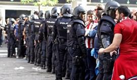 25 feridos ligeiros nos desacatos antes do dérbi madrileno
