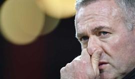Paul Lambert pondera deixar Wolves por causa de Jorge Mendes