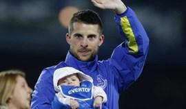 Kevin Mirallas renova pelo Everton até 2020