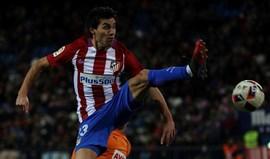 Gaitán celebra título desde Espanha