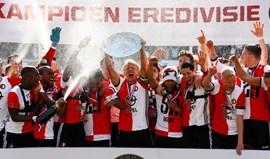Feyenoord conquista título holandês 18 anos depois