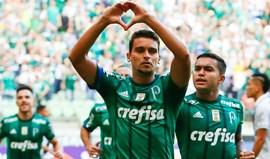 Palmeiras estreia-se no Brasileirão com goleada sobre o Vasco da Gama