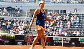 Líder mundial Angelique Kerber afastada no Open de Roma