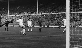 Man. United vai disputar final de azul... como em 1968, diante do Benfica