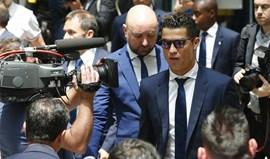 Ronaldo apoia familiares e amigos das vítimas do atentado