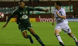 Chapecoense afastada da Taça Libertadores por utilização irregular de Luiz Octávio