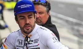 Fernando Alonso garante que vai continuar na Fórmula 1