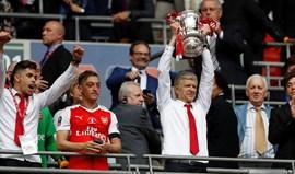 Arsenal conquista Taça e impede dobradinha do Chelsea