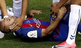 Mascherano vai parar seis semanas devido a lesão num joelho