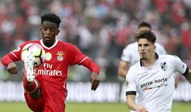 Barcelona avança por Nélson Semedo