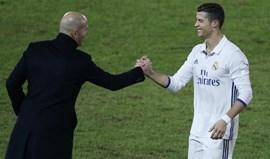Zidane garante que Ronaldo não se deixa afetar por questões fora do futebol