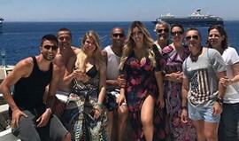 Jogadores e equipa técnica do Benfica passam férias juntos na Grécia