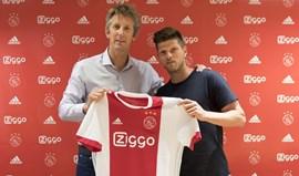 Huntelaar regressa ao Ajax