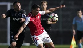 Tomás Martínez não cabe no 4x4x2 de Abel Ferreira