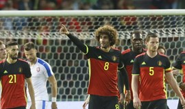 Fellaini garante triunfo da Bélgica
