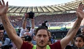 Totti esclarece que não terminou definitivamente carreira de futebolista