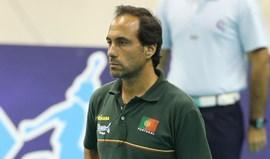 Hugo Silva com receio do piso duro em que a seleção vai jogar