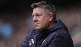 Craig Shakespeare assina pelo Leicester até 2020