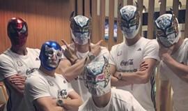 Jiménez lançou a moda e na seleção mexicana já há seguidores