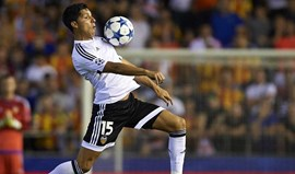 Enzo Pérez está de saída do Valencia e pretendentes não lhe faltam